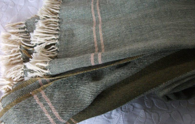 手織りスカーフ(春・秋に)綿100%